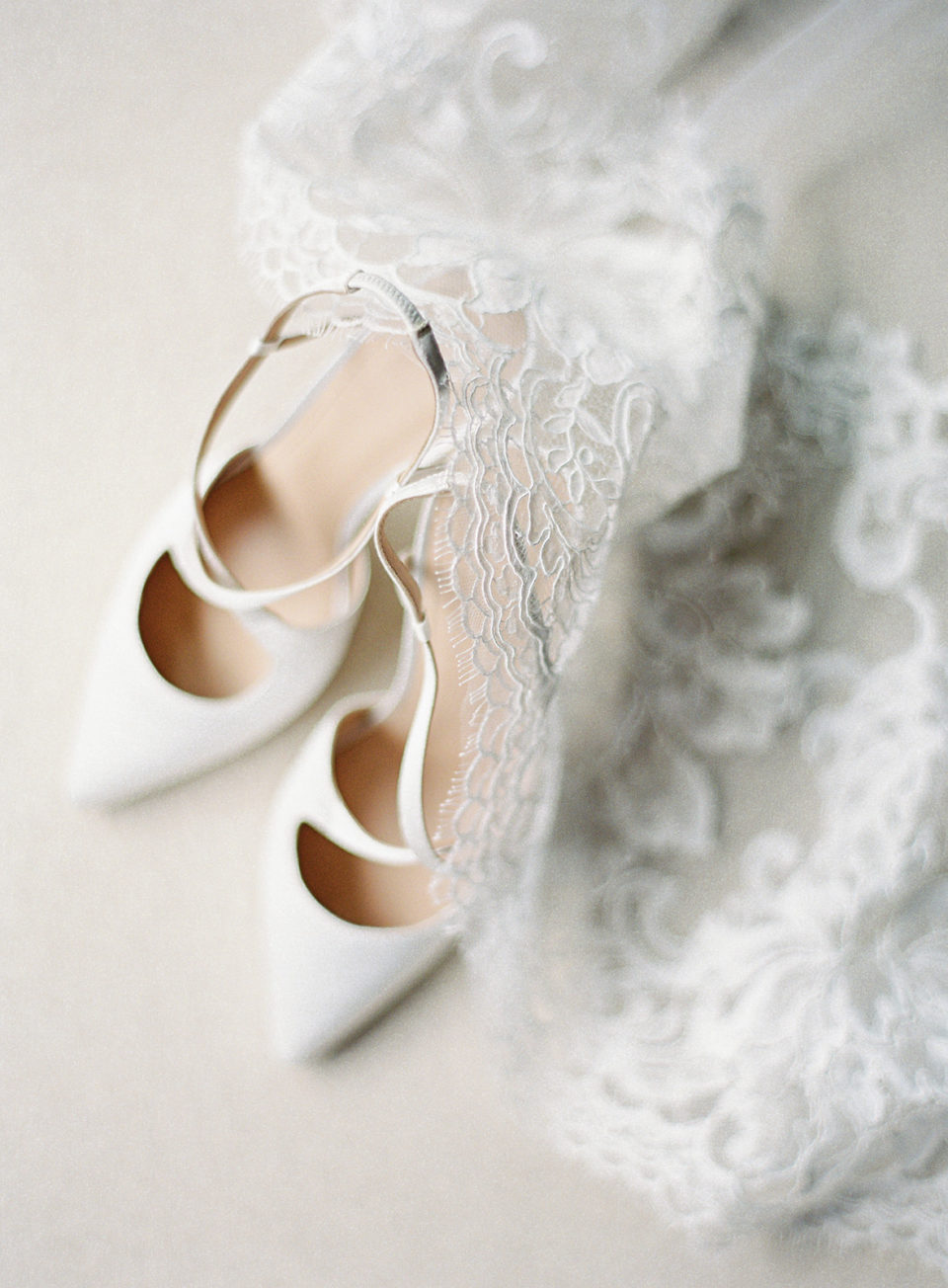 detail shots shoes lace dress