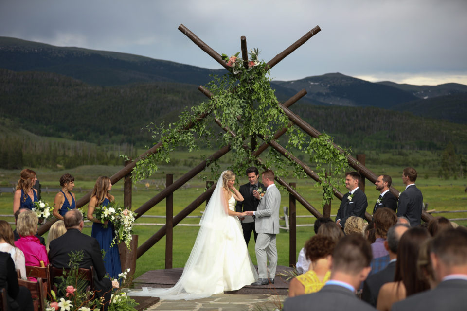 bride groom summer mountain colorado wedding