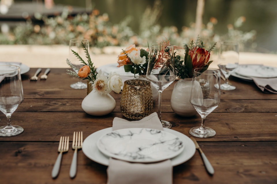 minimal table decor wedding reception elegant modern